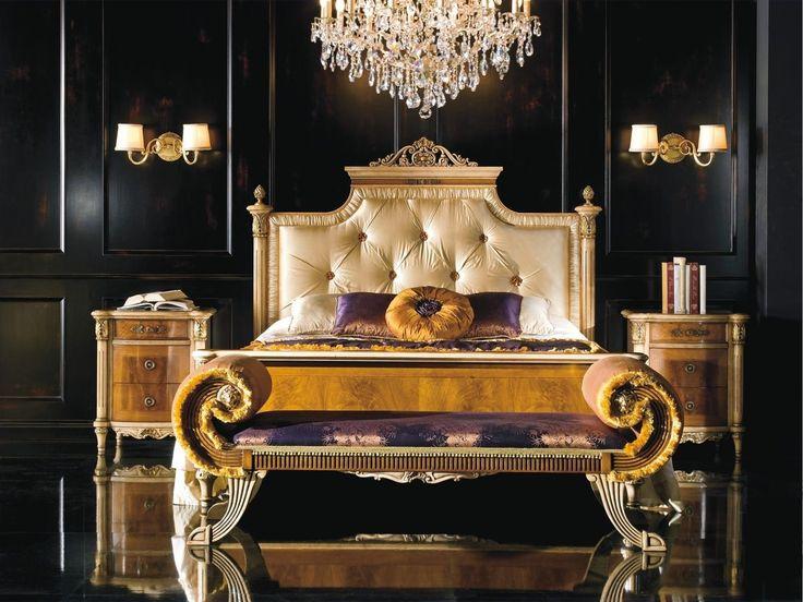 Letto matrimoniale classico di lusso per albergo, letto con testata capitoné per camere P5613-P