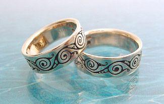 organic_spirals_celtic_rings_7mm_on_waves.jpg 325×206 pixels
