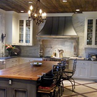 gorgeous! love this use of zinc in the kitchen
