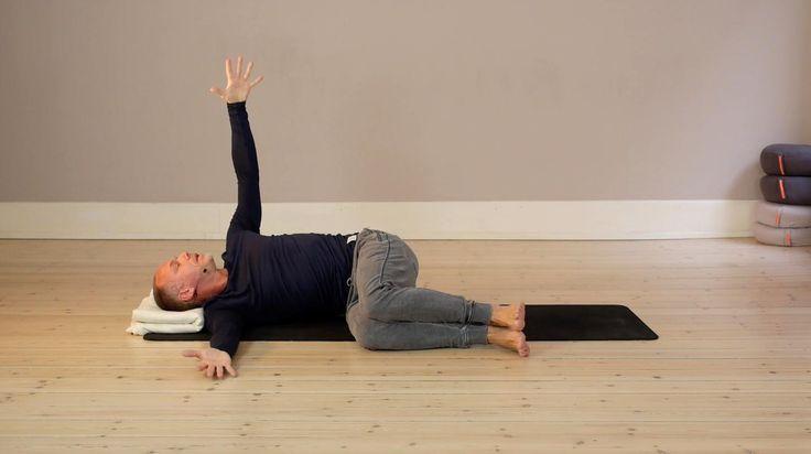 Søg blandt alle videoer her - Yogavivo - yoga streaming. Online yoga med erfarne danske undervisere