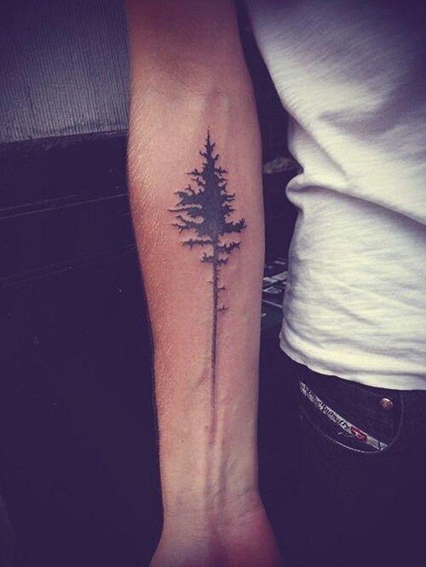 Tatuagem Masculina no Braço - Árvores Blackwork