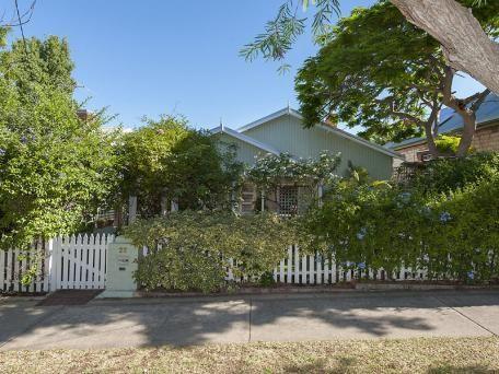 22 Victoria Street Mosman Park WA 6012 - House for Sale #115710511 - realestate.com.au 1.04