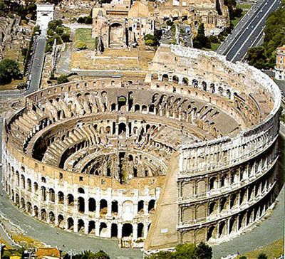 The Colosseum. Everything I could have dreamed of and so much more!Walks Tours, Buckets Lists, Colosseum Rome, Favorite Places, Rome Italy, Places I D, Romans Empire, Amazing Places, Art History