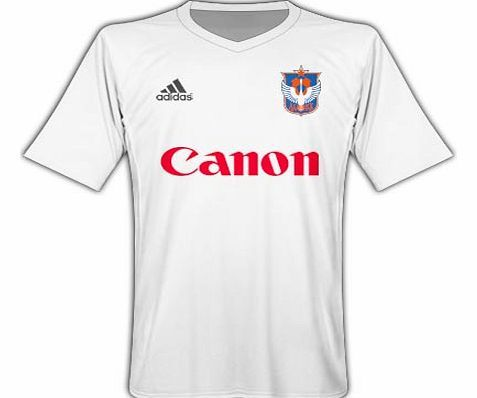 Rest of the World Adidas 2010-11 Albirex Niigata Away Football Shirt Official2011-12 Albirex Niigataaway shirt available to buy online. The newAlbirex Niigatafootball shirt is manufactured byAdidas and is available to order in adult sizes S M L XL XXL Authentic je http://www.comparestoreprices.co.uk/football-shirts/rest-of-the-world-adidas-2010-11-albirex-niigata-away-football-shirt.asp