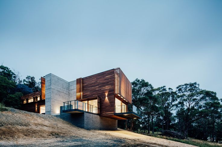 Family home expansion embraces the slope