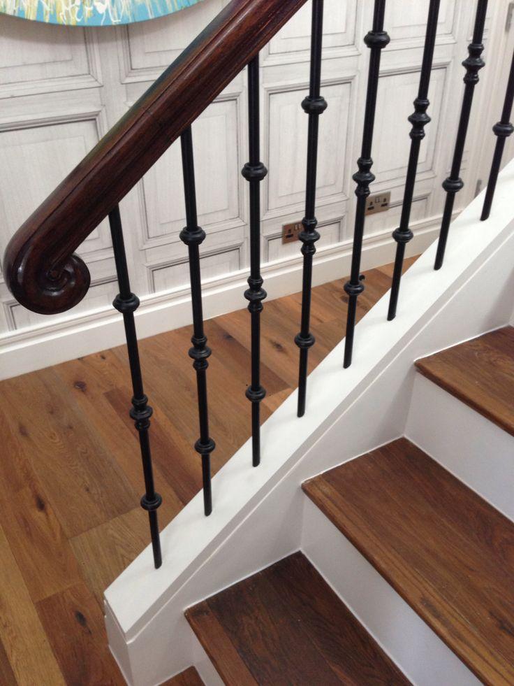 Straight staircase iron balustrade