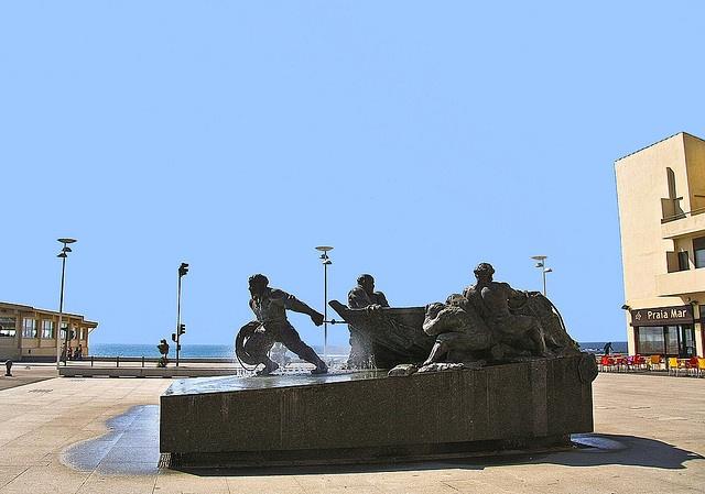 """Monument to fishermen"""