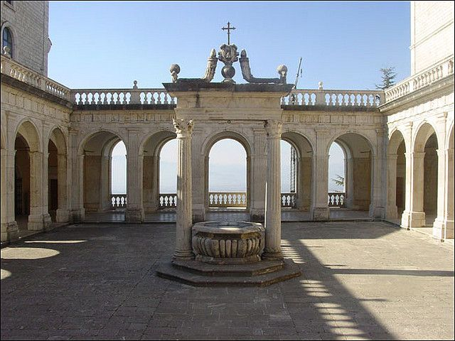 A court of the old Montecassino Abbey. It was totally razed to the ground by American air raids in 1943 and faithfully rebuilt after the Second World War. Cassino, Lazio, Italy