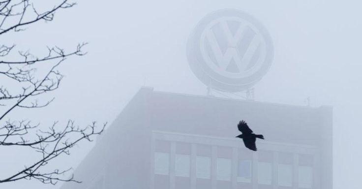 """News - Tipp:  http://ift.tt/2j3Ku5M  Abgas-Skandal im News-Ticker  - Ex-Vorstand Hohmann-Dennhardt: """"Geist in Abteilungen"""" bei VW Schuld an Dieselskandal #story"""