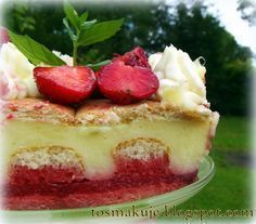 To smakuje: Ciasto z budyniem i truskawkami