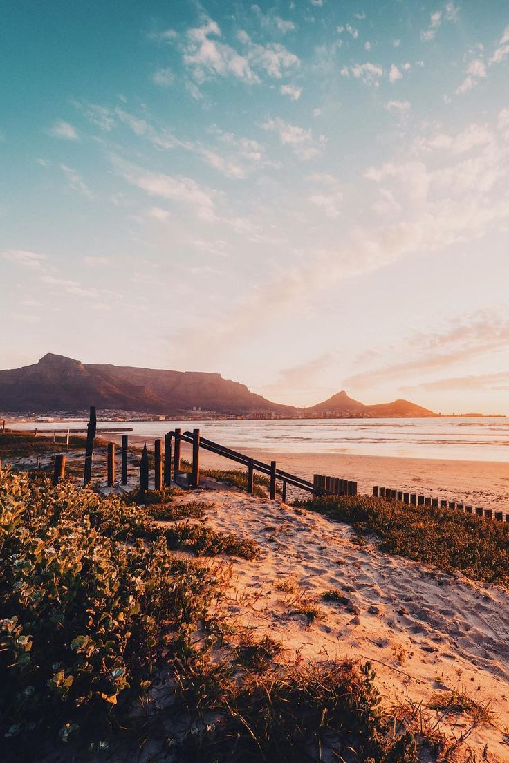 Endless beaches, endless skies, and endless beauty. It's time to adventure to South Africa!
