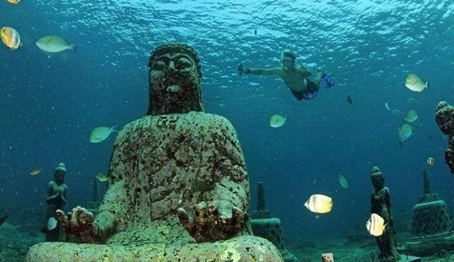 AMWTOUR TRAVEL BLOG: Keindahan Patung Bawah Laut Bali, Penuh Ikan Warna...