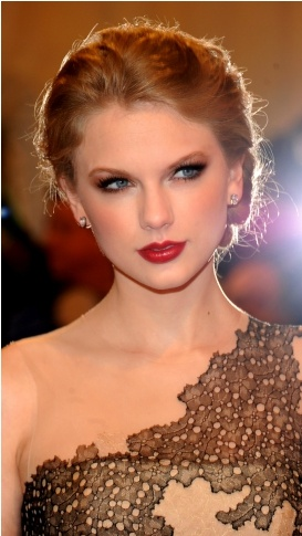 "Go to our app http://www.facebook.com/appcenter/fotofight  and upload your favorite Taylor Swift photo on ""Taylor Swift  challenge""   and Win a prize. If your picture win you will get an iPhone5."