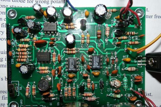 Riparo vecchie radio #kit #montaggio #ricetrasmettitori #radio #radioamatori