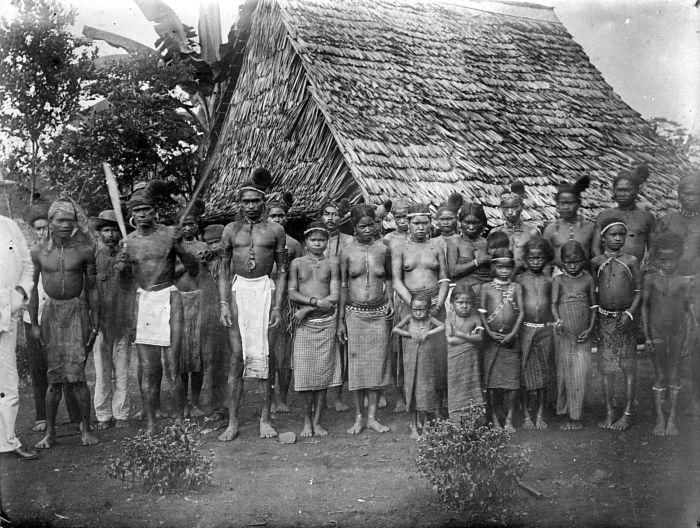 Alfur people in the mountains of Seram. Seram island.