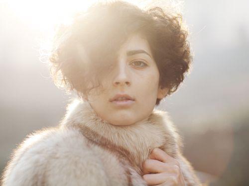 : Fur Coats, Absolutely Gorgeous, Fur Shizzl, Improvements Photography, Curly Hair Cut, Artsy Inspiration, Shorts Curly Hair, Shooting Inspiration, Furry Flurri