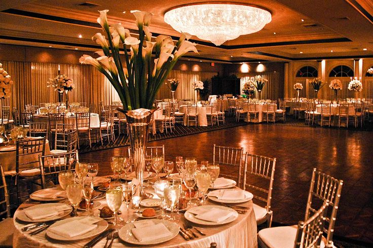 BEST CHEAP WEDDING VENUES IN HOUSTON TX This winter eVenueBooking presents you with some of the best cheap wedding venues in Houston TX that you cannot escape from celebrating your lifes precious moment. Check out the latest listings and reserve your dream wedding venue today and Get best deals!