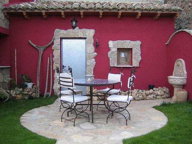 El rincón de la Tejada, Garaballa, Cuenca, Castilla-La Mancha  http://www.toprural.com/Casa-rural-habitaciones/El-Rinc%C3%B3n-De-Tejeda_34961_f.html