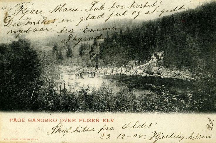 Flisa i Åsnes kommune Solør Hedmark fylke gangbro over Flisen elv stp 1905 Foto: Den morske lystrykanstalt