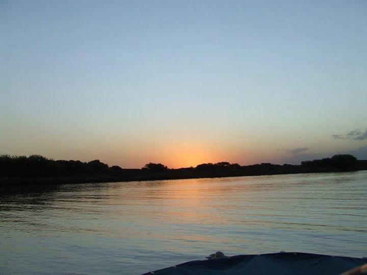 Juan Manuel Regidor: Se esconde el sol en el Canal del Este ...