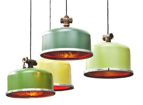 Oplichterslampen. Lamp gemaakt van expensievat.