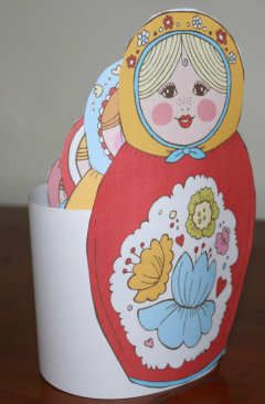 Printable Russian dolls, stacked together - There's a black and white one you can color in too!