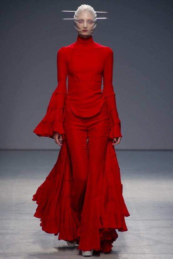 The Red Queen | Gareth Pugh 2012