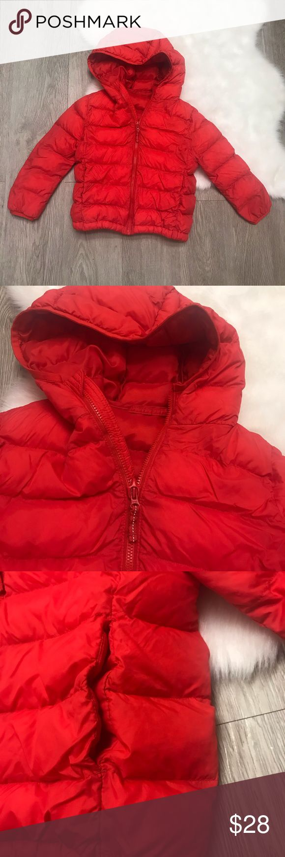 Uniqlo kids red puffer hooded jacket in 2020 Hooded