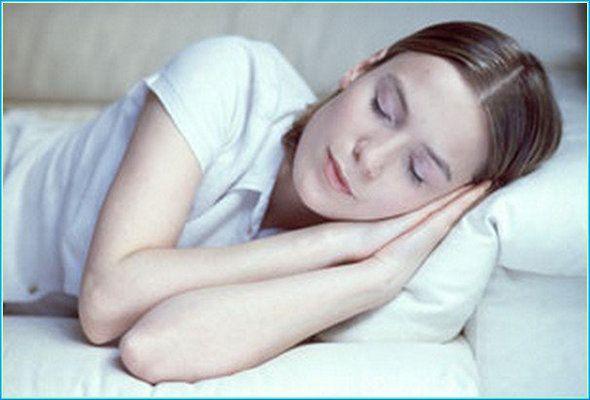<p>TweetYorgunluğunuzun Nedenini Biliyor musunuz? Yorgunluğunuzun altında yatan nedenleri ve hayatınızda yapacağınız küçük değişikliklerle yorgunluktan kurtulabileceğinizi biliyor muydunuz? Yorgunluktan kurtulmak için hayatınızda yapmanız gereken değişiklikleri Hisar Intercontinental Hospital İç Hastalıkları Uzmanı Dr. Akif Nuri Doğan'dan öğrendik. Yeterli Uyku Yorgunluğunuzun nedeni yeterince uyumamanız olabilir. Yetişkin bir kişinin her gece 7-8 saat uyuması …</p>
