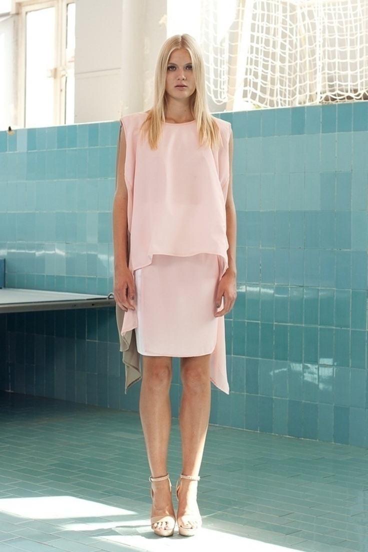 Floaty pink. ANNCHI S/S '13 look book (Fashionising.com)