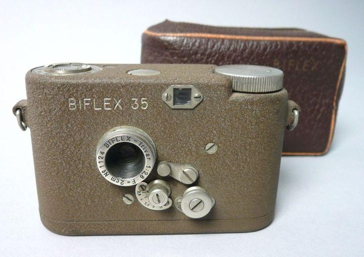 APPAREIL PHOTO DE COLLECTION Appareil photo #Biflex rare miniature 1950 Suisse. 2 fois 100 vues en 11 mm / 11mm sur film 35 Vendu aux #encheres le 08/02/2014 par Estim Nation. #AppareilPhoto #Photo