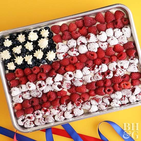 Celebrate the Fourth of July with this pretty flag cake.