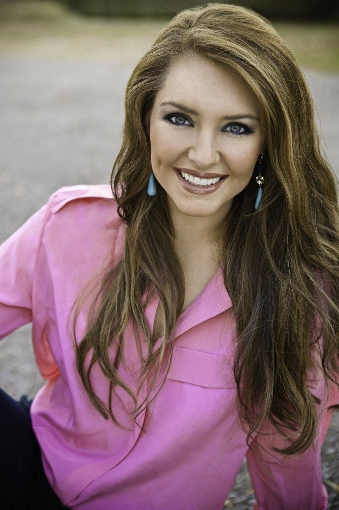 """Collins Tuohy will be the speaker at Westside Christian Academy's Family Strong event on Oct. 18, 2013 and will sign """"In a Heart Beat"""" book afterward."""