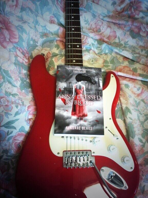 """Rose sheets, a blood red electric guitar & a ghostly novel. Thanks @Date A Book #4WinterFlings"" - Glaiza (Twitter)"