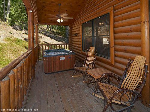 25 best gatlinburg luxury cabins images on pinterest for Gatlinburg cabins for couples