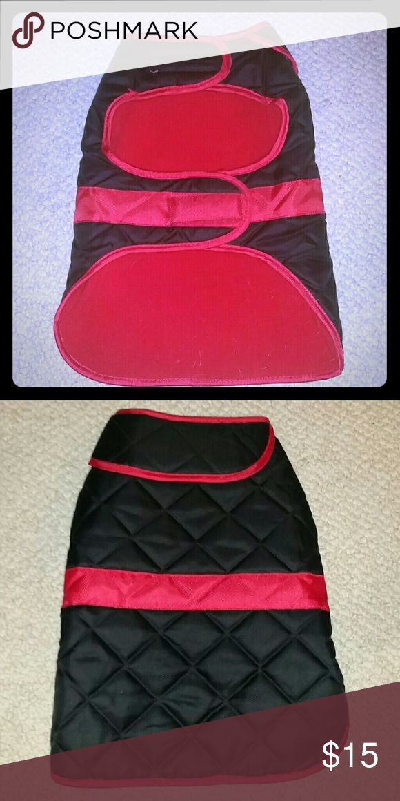 **Martha Stewart PET Collection** Pet quilted coat. Like new. Size large. Fits small to medium frame dogs. Martha Stewart  Accessories