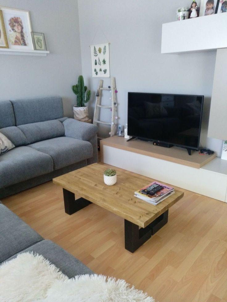 Mesa estilo industrial perfecta para delante del sofa