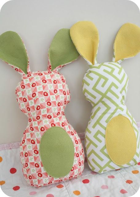 Squee~ My first toy/stuffed animal when I was little was a bunny. I'd love to make some of these for when I have little 'uns.