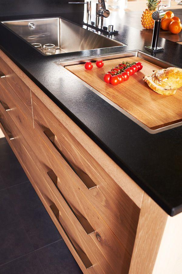 Kegin une cuisine de bois brut et l esprit contemporain cuve inox avec gouttoir - Cuisine en bois brut ...