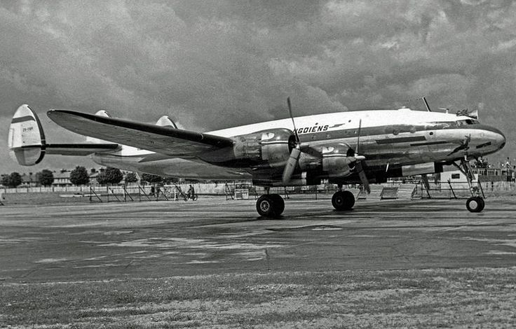 """South African Airway Lockheed L-749A Constellation ZS-DBR """"Kaapstad"""" arriving at London Heathrow North in 1953."""