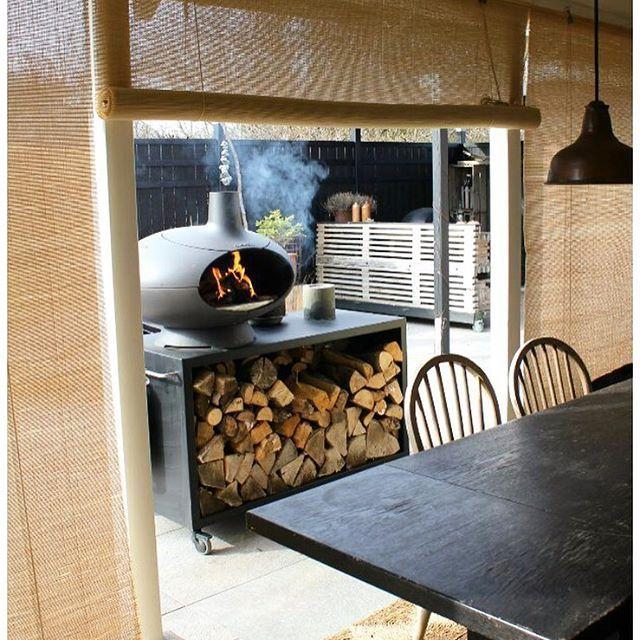 Outdoor bamboo blinds😍 Brug bambus rullegardinerne i natur udendørs på terrassen som @tinadalboge 👌🏻😊 De skaber hygge, skygge, læ for vind og beskyttelse for insekter🙌🏻💕#whitebamboo #colorco #newinterior #bambus #bambusrullegardiner #bambooblinds #welovebamboo #interiordesign #homedesign #interiorstyling #interiordecorating #interiordecor #scandinavianstyle #scandinavianhomes #nordic #nordicdesign #boligdesign #boliginspiration #indretning #nordic #boligindretning #nordicliving…