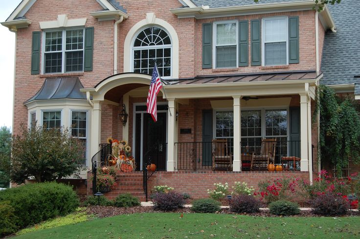 25 best thanksgiving curb appeal ideas images on pinterest for Georgia front porch