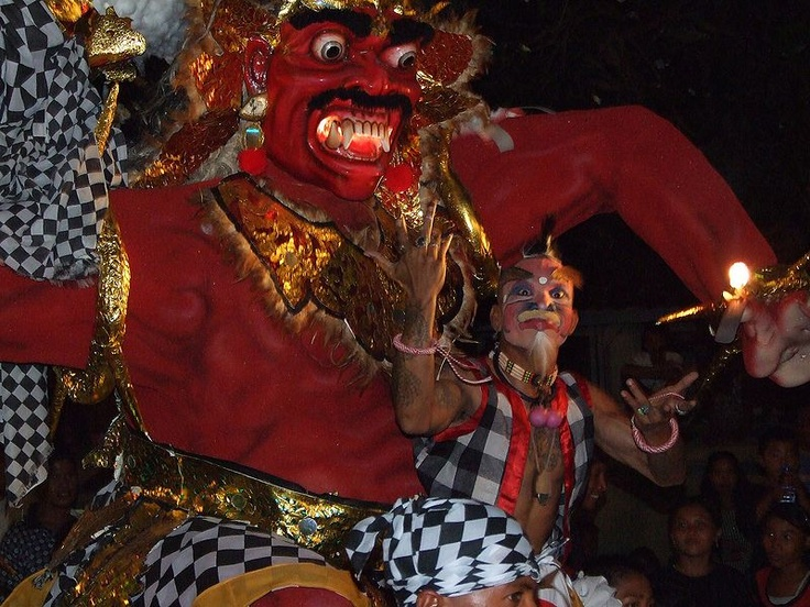 Ogoh-Ogoh procession for Nyepi (Hindu New Year festival)  ~Bali~
