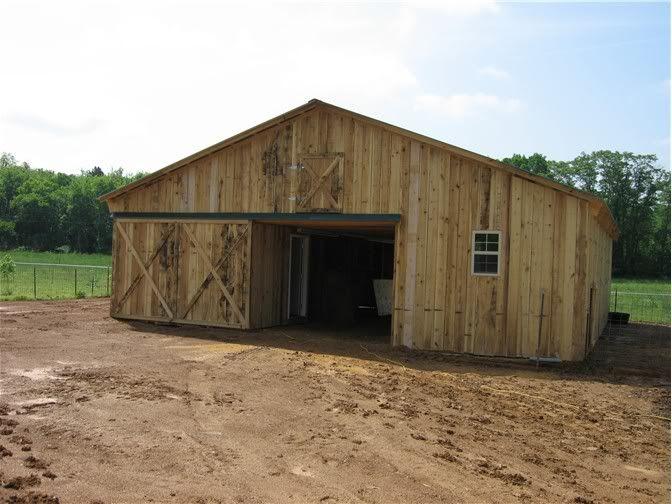 Need barn plans and photos homesteading today new barn for Hobby farm plans