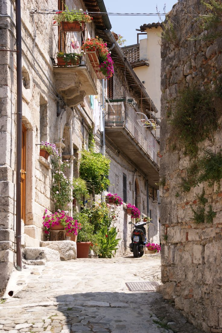 An alley in Ascoli Piceno, Le Marche Italy - it is a only short drive away - www.bellavallone.com