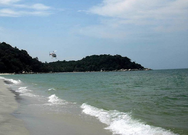 #Kuantan Strand von Teluk Cempedak Ostküste Malaysia -- beach of Teluk Cempedak near Kuantan at the east coast of Malaysia