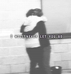 ONE OF THE BEST LARRY GIFS EVER.... I DON'T EVEN BELIEVE IT, BUT THIS ALMOST MADE ME CRY