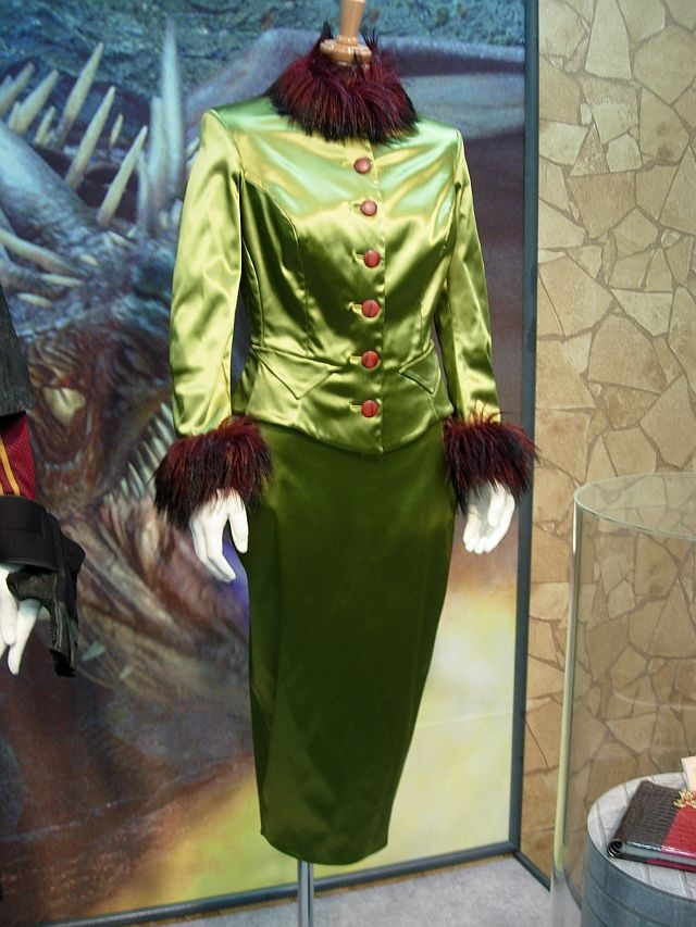 Rita Skeeter Green Wand Weighing Suit Costumes