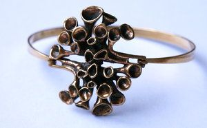 "Vintage bracelet in bronze, made in Finland by Hannu Ikonen ""Reindeer moss""."