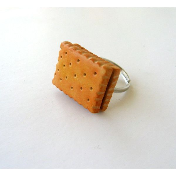 Statement biscuit ring, polymer clay cookie, miniature food jewelry... (€9,20) ❤ liked on Polyvore featuring jewelry and rings